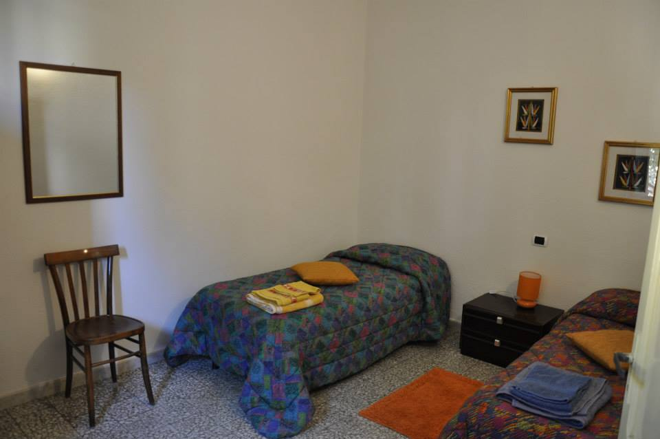 Camere 8